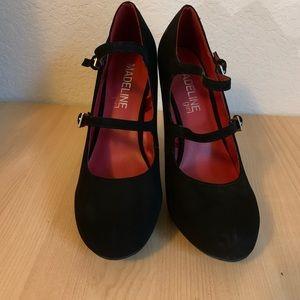 7.5 black cute soft heels